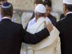 papa franciso_sinagoga