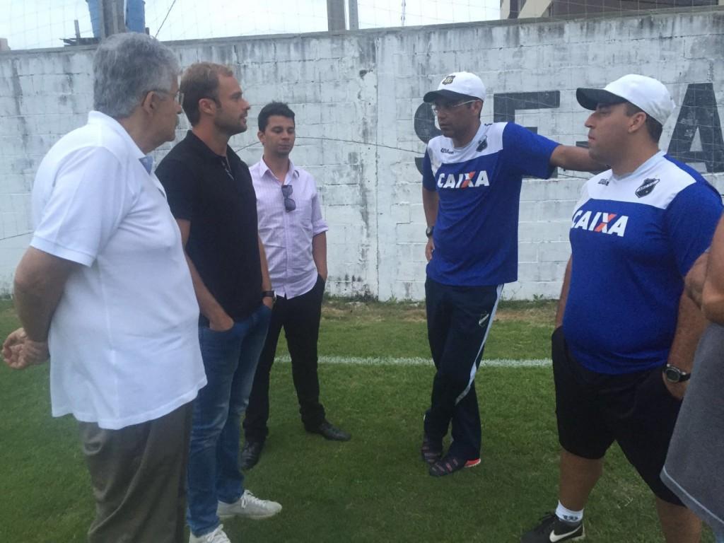 ABC anuncia contratação do zagueiro Rafael Souza