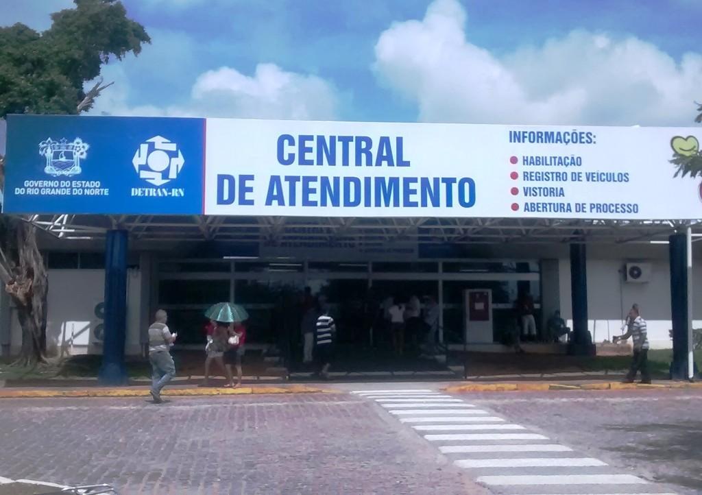 Detran/RN anuncia afastamento dos servidores suspeitos de fraude na operação Lei Seca
