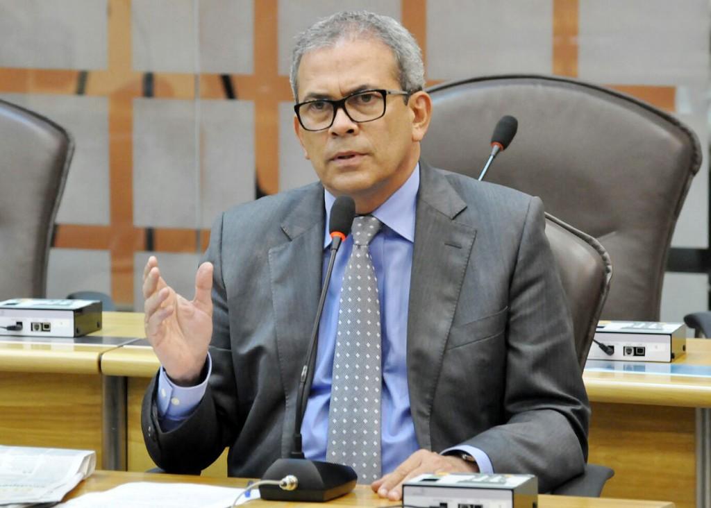 Hermano demonstra preocupação com redução de investimentos da Petrobras no RN