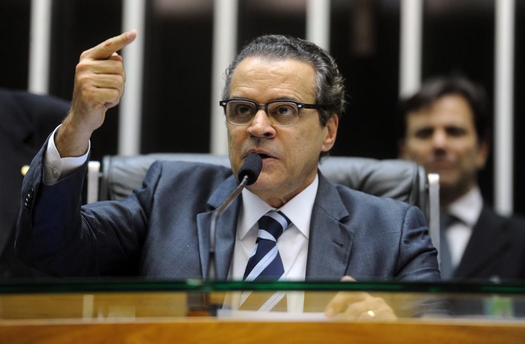 Henrique Eduardo Alves volta para o Ministério do Turismo