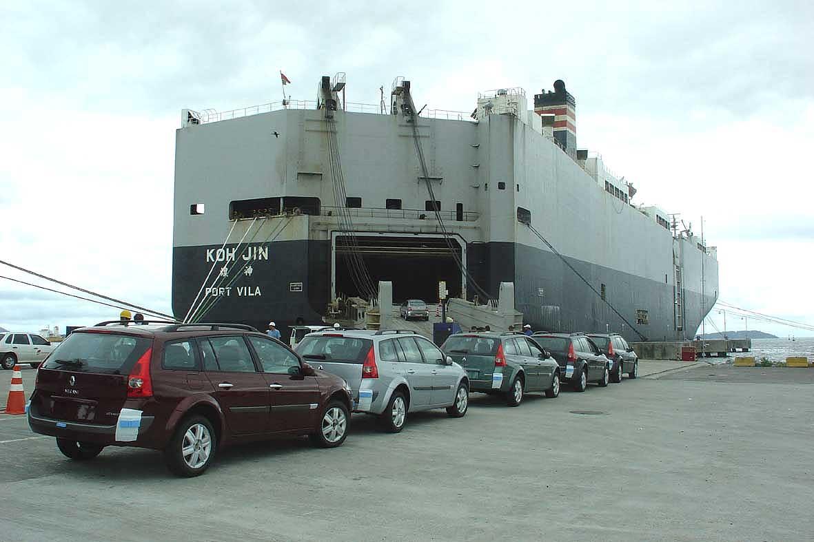 Exportação de automóveis sobe 116% em janeiro