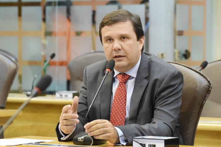 Deputado Galeno Torquato é condenado por improbidade administrativa