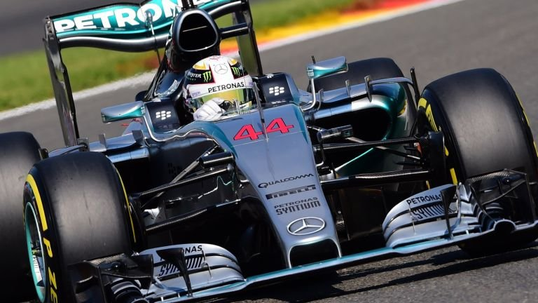 Na Austrália, Hamilton conquista primeira pole do ano