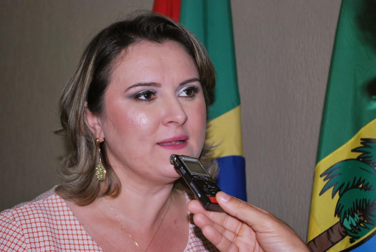 MPRN denuncia prefeita de Santana dos Matos e pede realização de concurso público