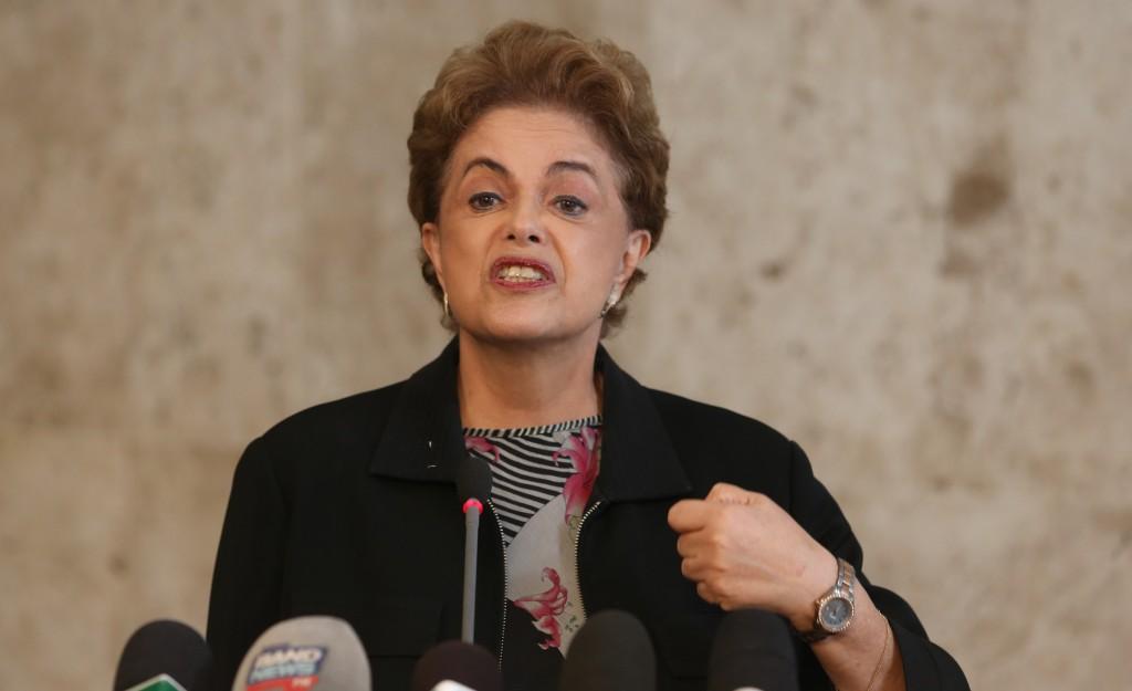 """Afastamento de Dilma """"é um passo para o golpe"""", diz grupo do Parlamento Europeu"""