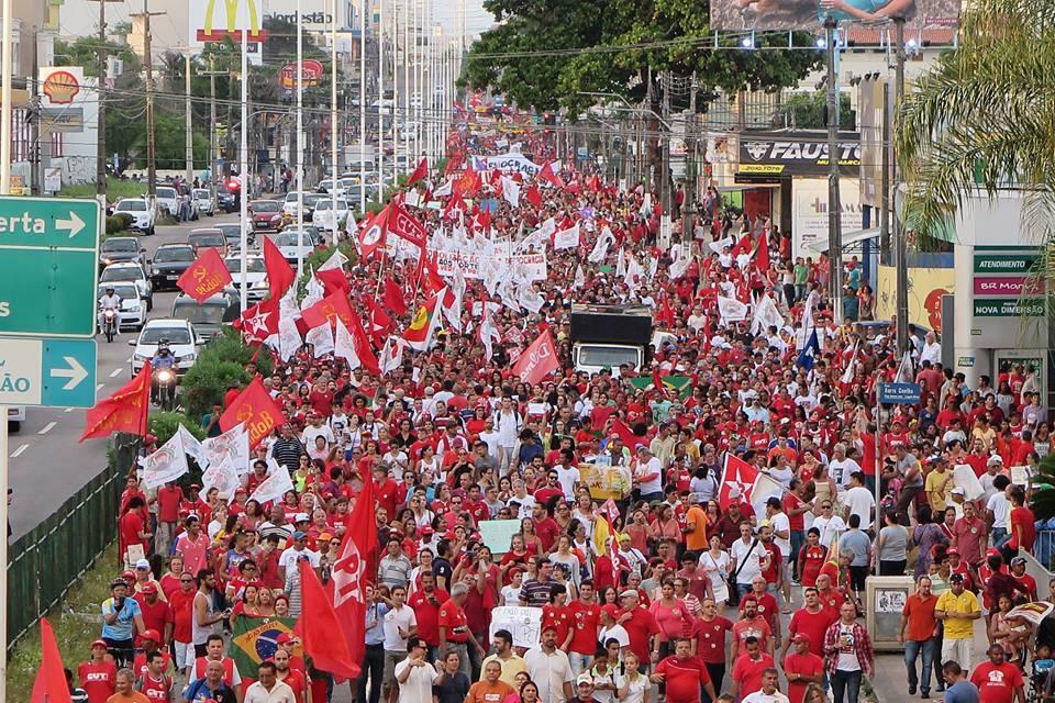 Cerca de 17 mil pessoas participaram da manifestação em Natal