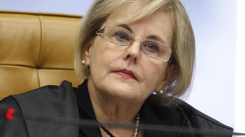 Rosa Weber nega pedido de Lula para manter casos no STF