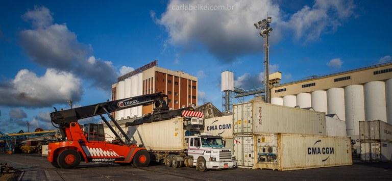 Fluxo nos portos potiguares sobe 52% em comparação com 2015