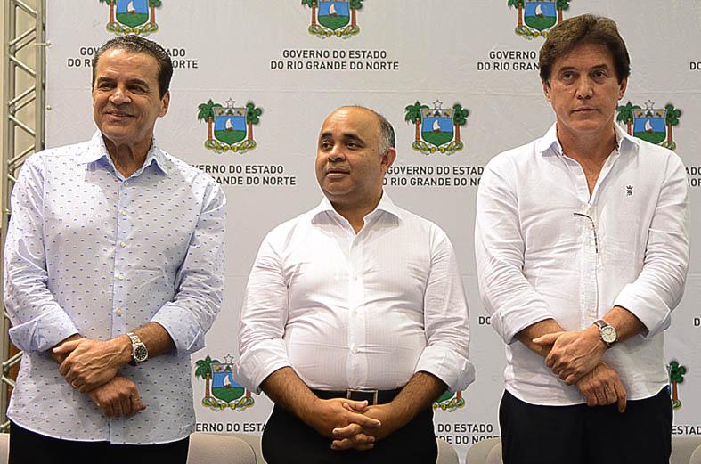 Evento contou com a participação do Ministro do Turismo, Henrique Eduardo Alves, e o governador Robinson Faria (Foto: Divulgação)