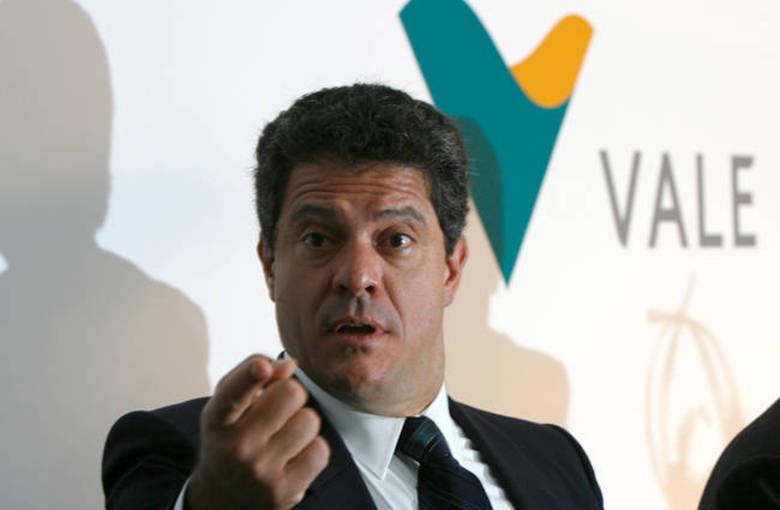 Queda de avião mata ex-presidente da Vale e mais seis pessoas em São Paulo
