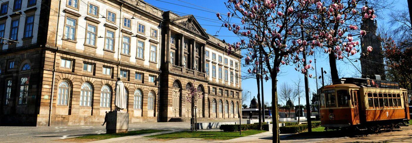 Estudantes poderão usar nota do Enem para ingressar na Universidade do Porto