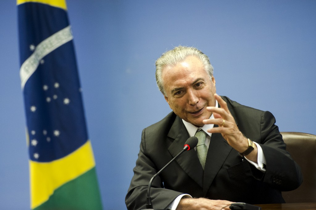 Michel Temer se licencia da presidência do PMDB