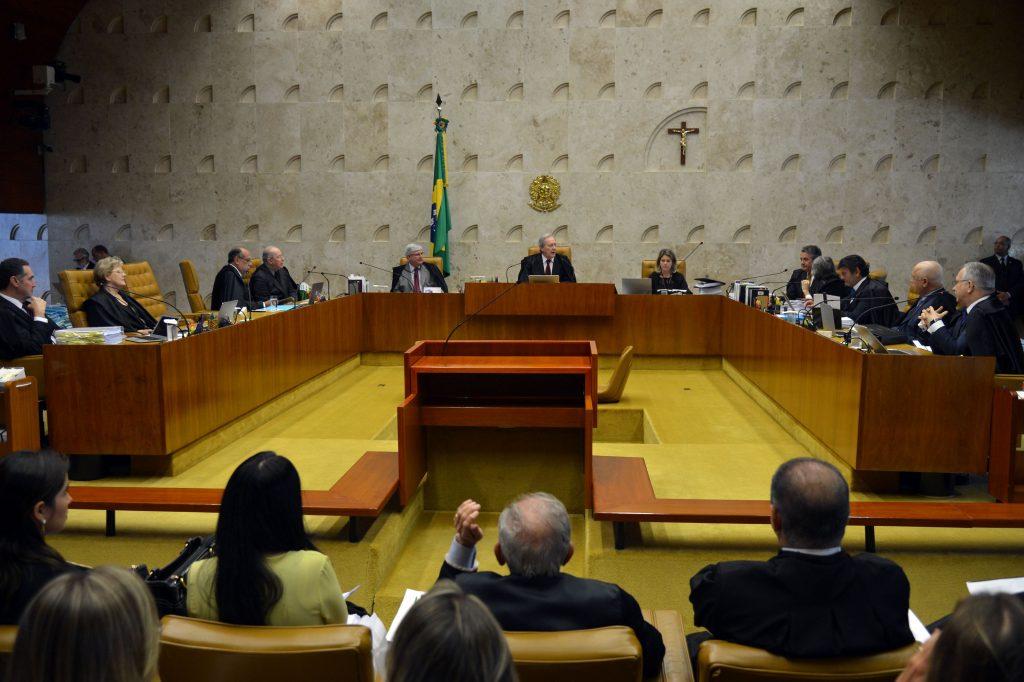 Maioria do STF rejeita ação para anular regras de votação do impeachment