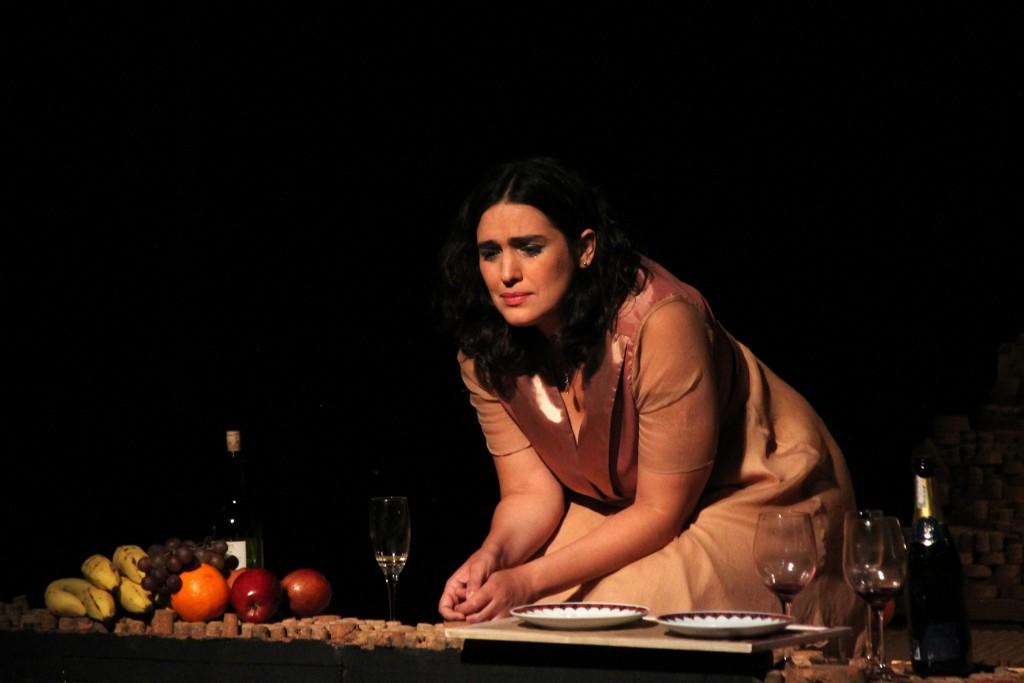 """Peça """"Aos Nossos Filhos"""" tem única apresentação no Teatro Dix-Huit Rosado"""