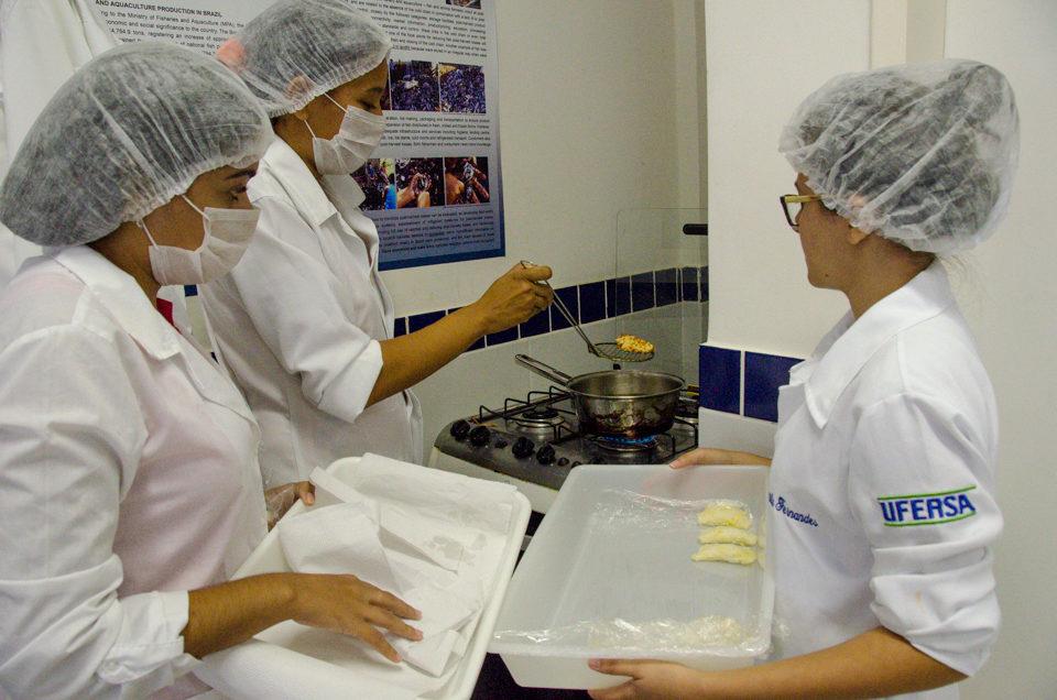 Universitários desenvolvem produtos a base de pescado