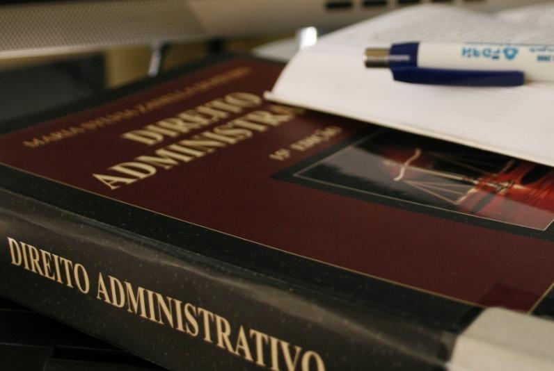 UFRN seleciona para Especialização em Direito Administrativo