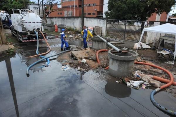 Caern alerta sobre ligação clandestina de esgotos; multa pode passar de R$ 2,34 mil