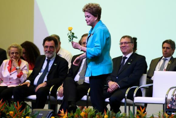 """Dilma diz que Cunha é o """"pecado original"""" do impeachment"""