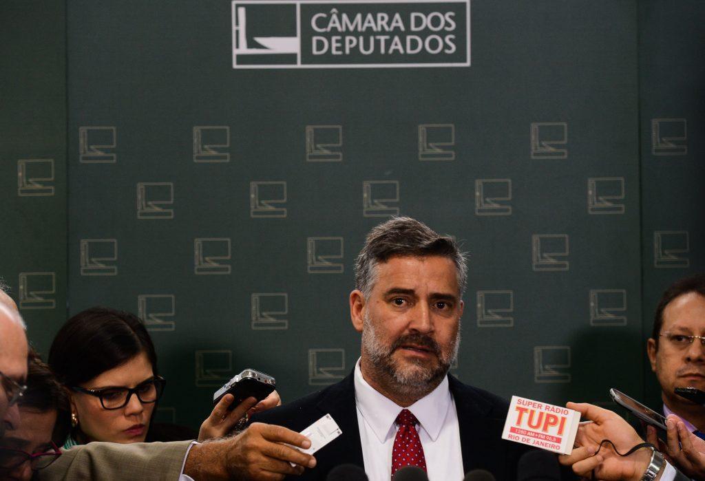 Governistas já admitem acionar STF contra processo de impeachment de Dilma