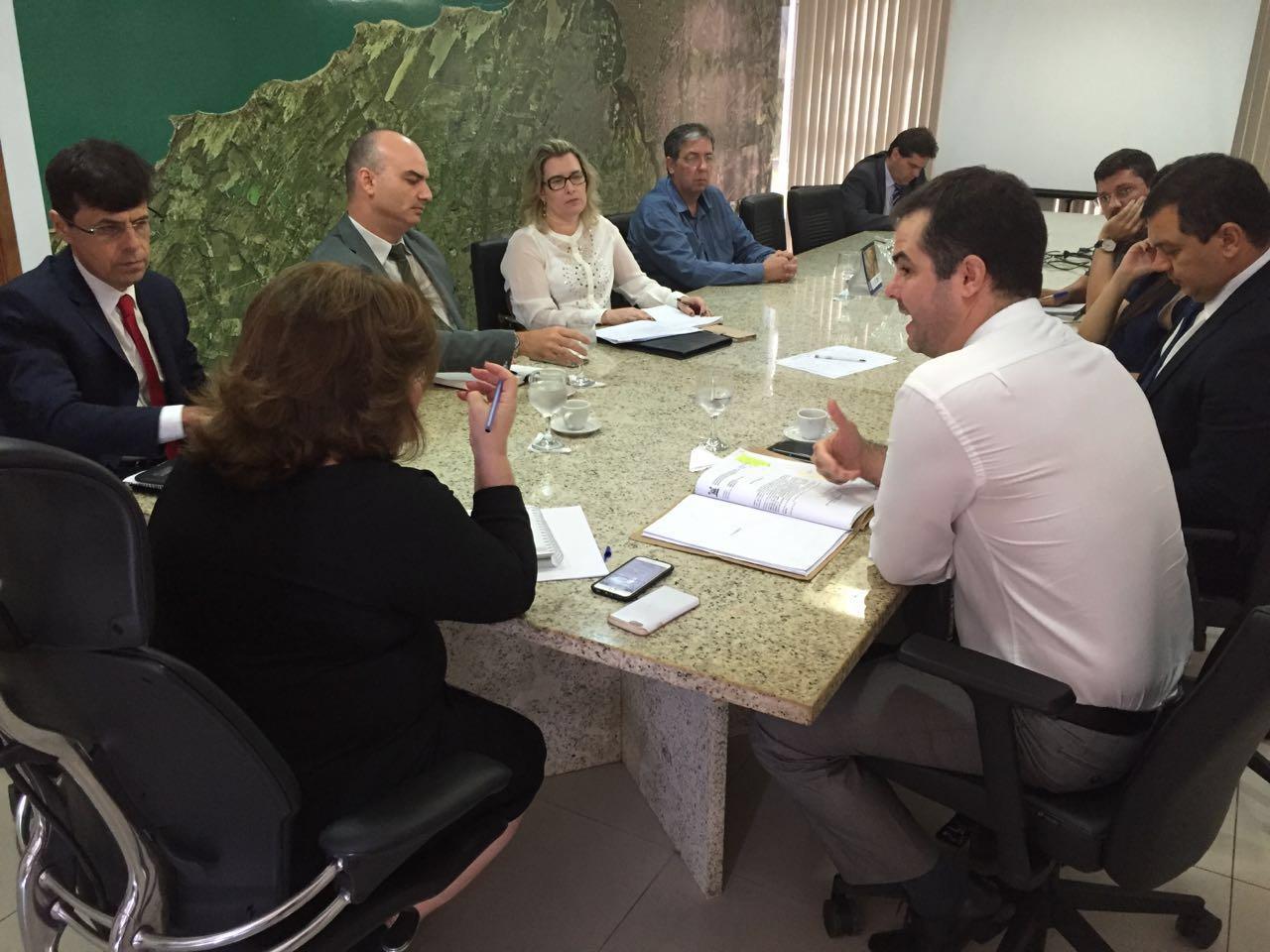 Gabinete Civil discute ações de recuperação do sistema penitenciário do RN