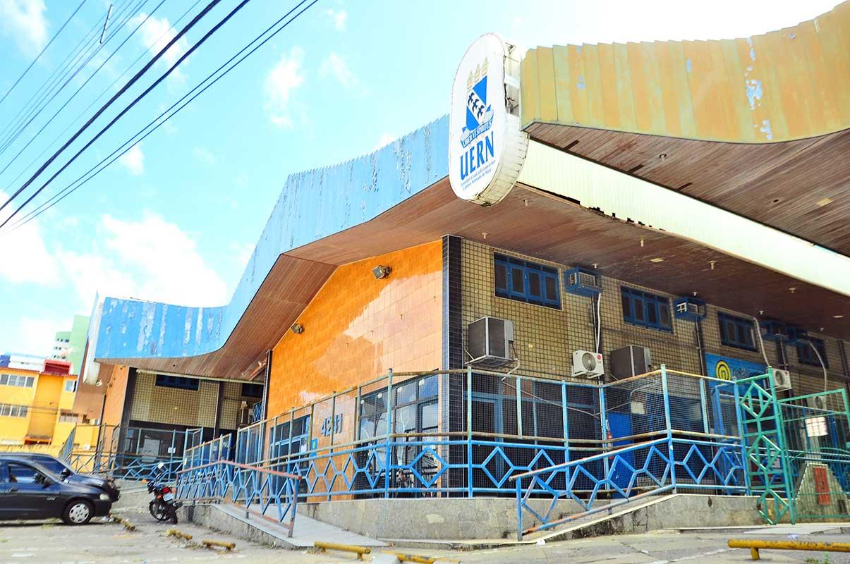 Obras do Campus de Natal da UERN devem ser retomadas em maio