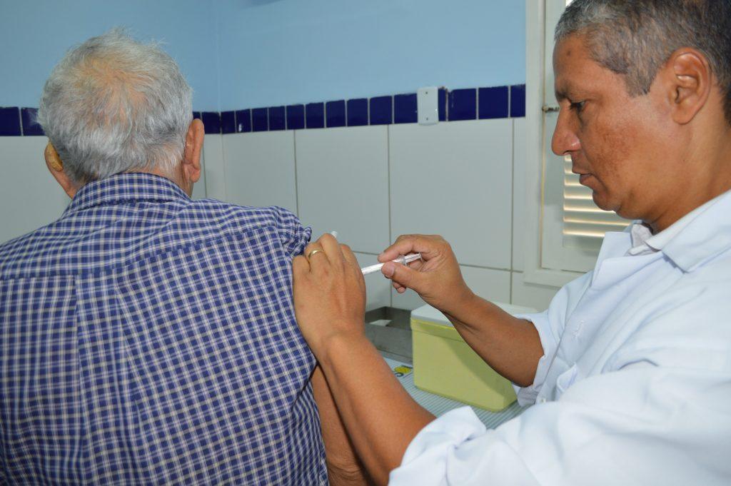 Mais de 141 mil pessoas já foram imunizadas na campanha contra influenza em Natal