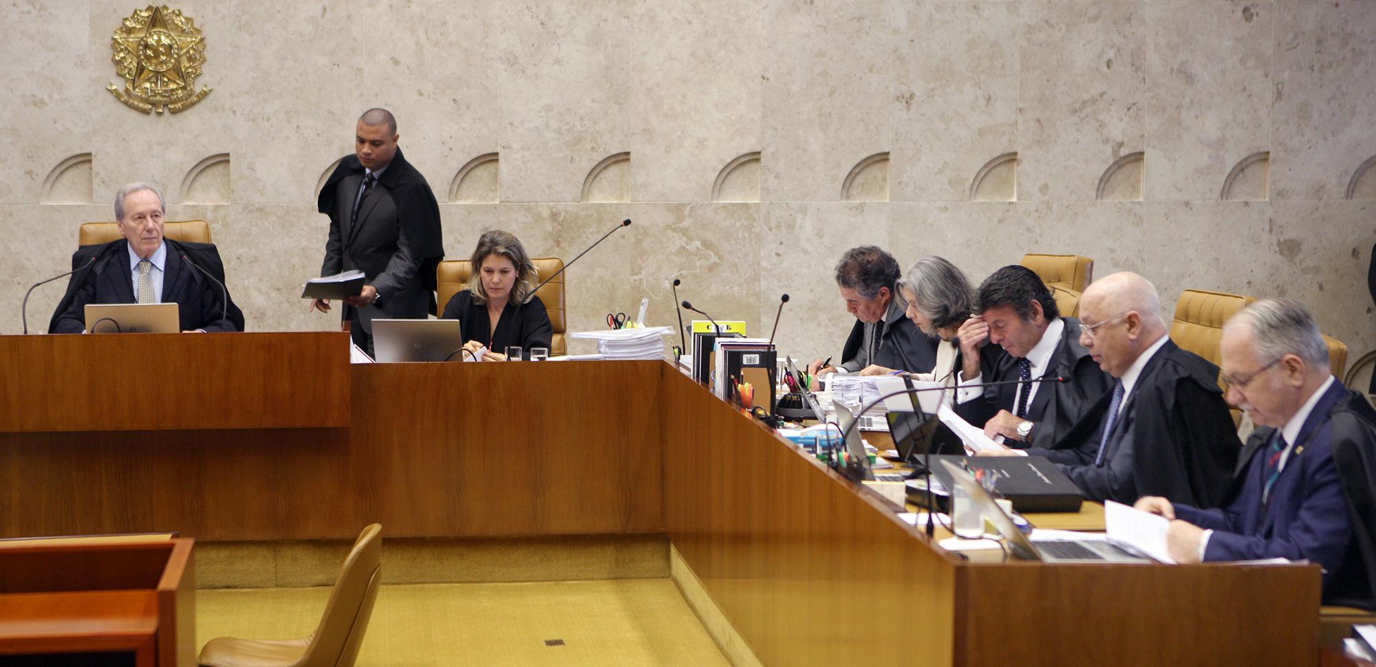 STF aprova afastamento de Eduardo Cunha