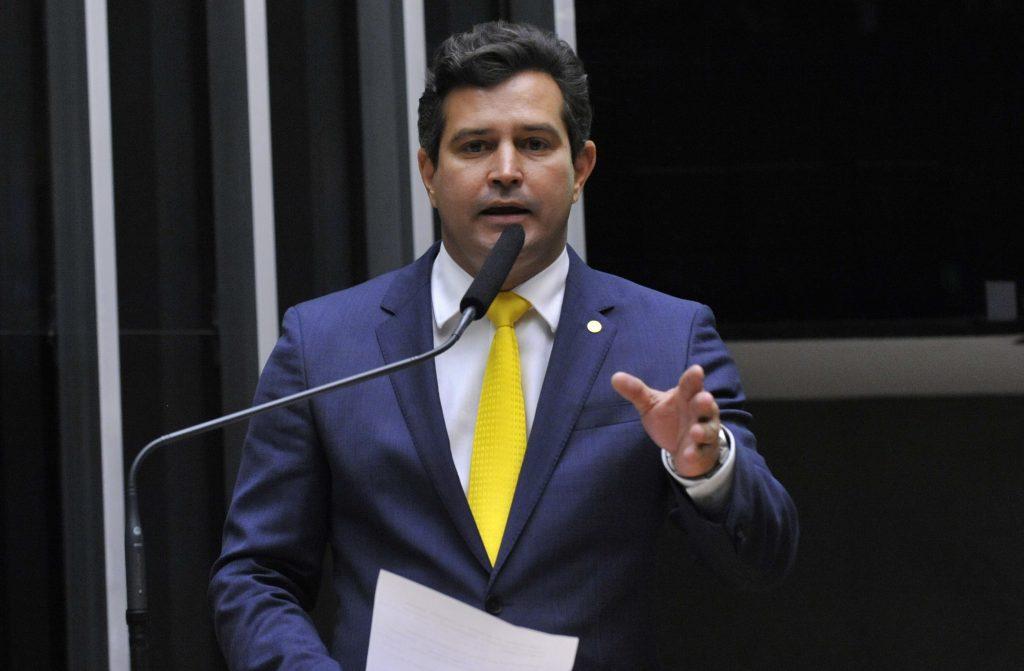 Ordem para infraestrutura é privatizar, diz novo ministro dos Transportes