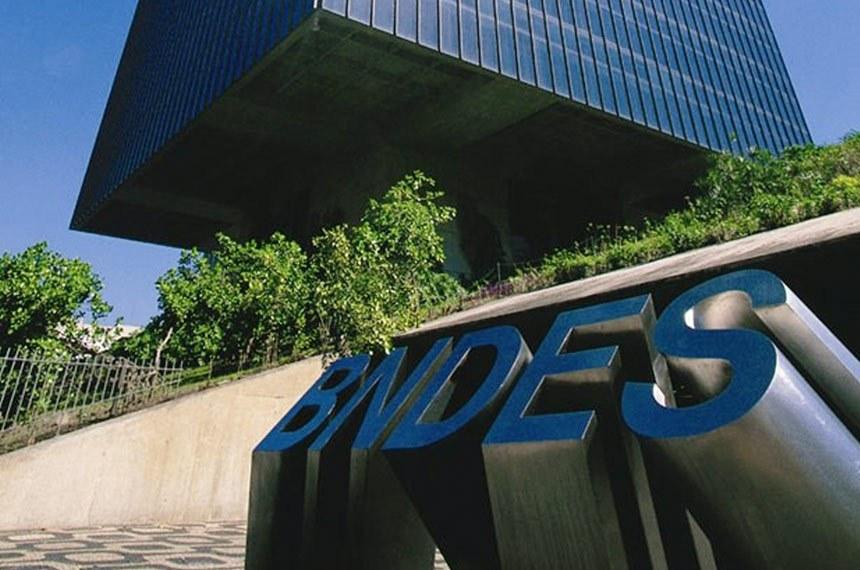 Para conter dívida pública, BNDES devolverá R$ 100 bilhões em ativos ao Tesouro