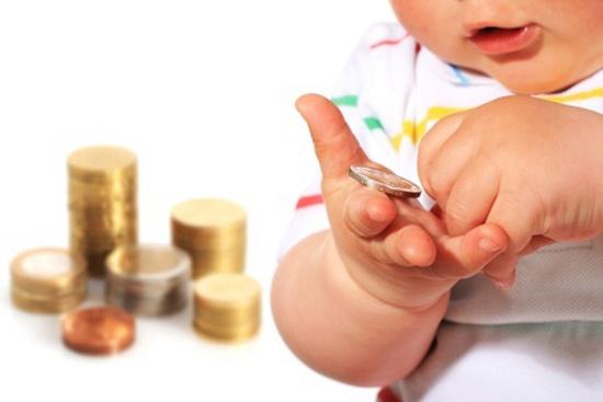 Contra baixa natalidade, Itália estuda dobrar 'bônus bebê'