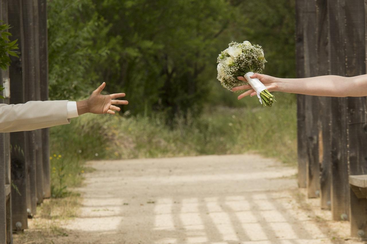 Crise econômica pode elevar número de divórcios no Brasil, diz especialista
