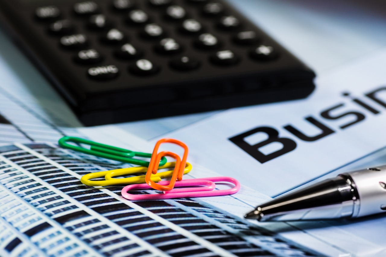Especialista dá dicas de como buscar investimentos para abrir um negócio