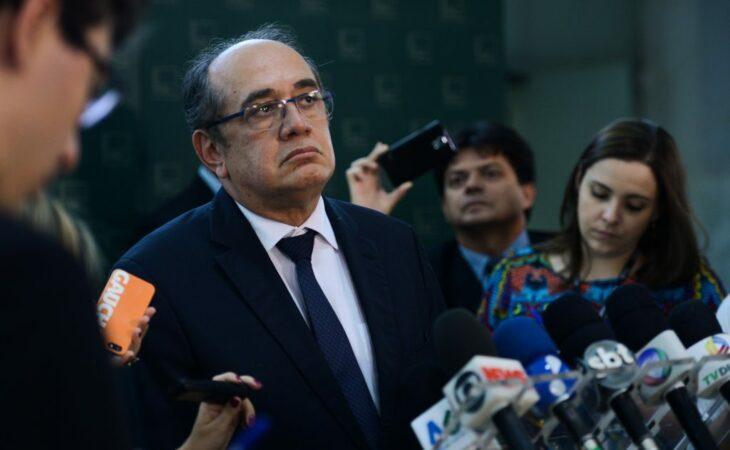 Grupo apresenta pedido de impeachment de Gilmar Mendes
