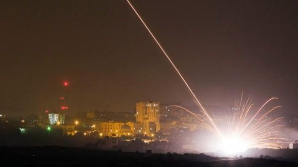 Israel responde a ataques e bombardeia alvos do Hamas