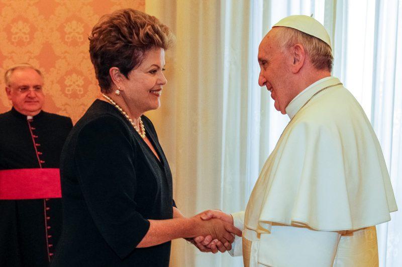 Dilma pode recorrer ao Papa para denunciar 'golpe'