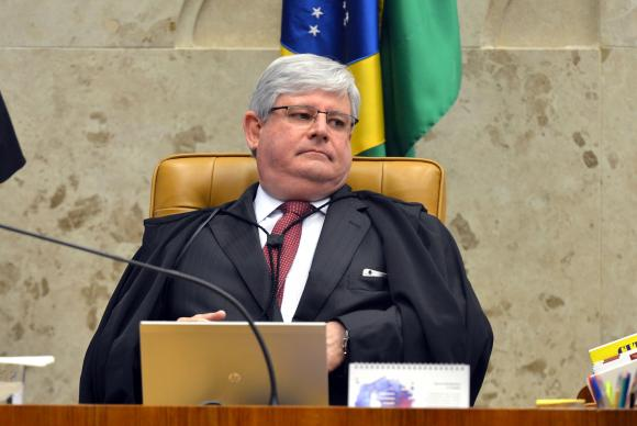Janot pede abertura de inquérito contra Aécio, Cunha e Edinho Silva
