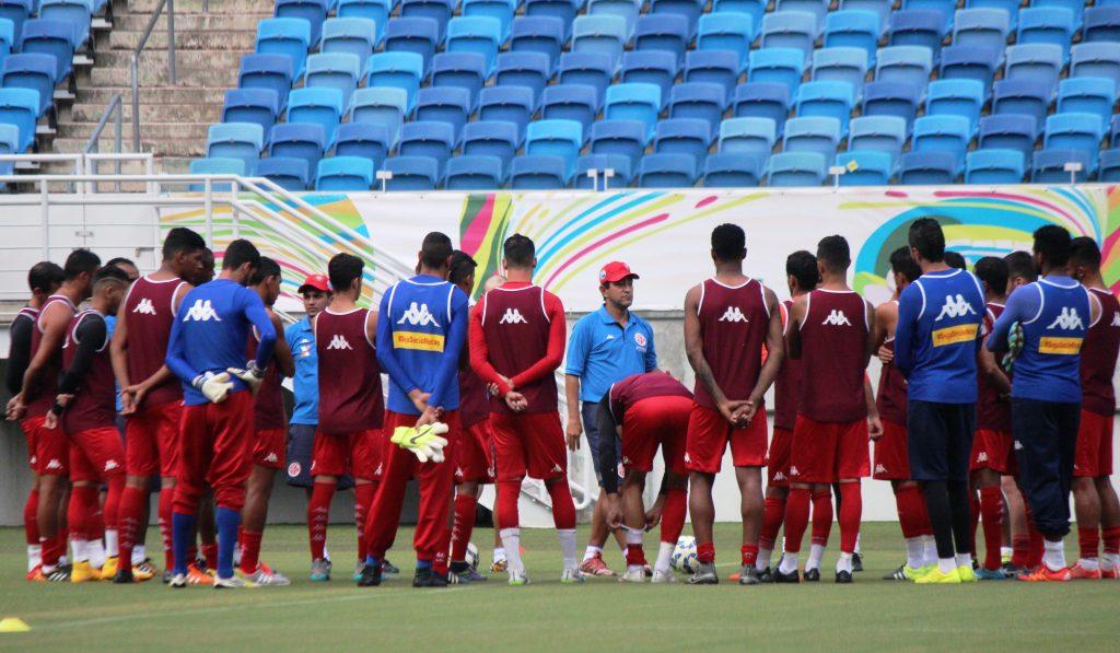 América-RN relaciona 21 jogadores para jogo contra o Gama pela Copa do Brasil