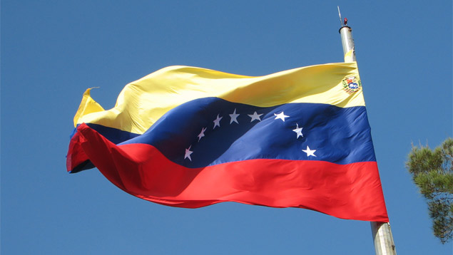 Em crise, Venezuela muda fuso horário para poupar energia