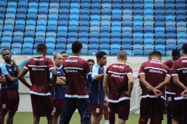 América e Fortaleza jogam pela liderança do grupo na Arena das Dunas