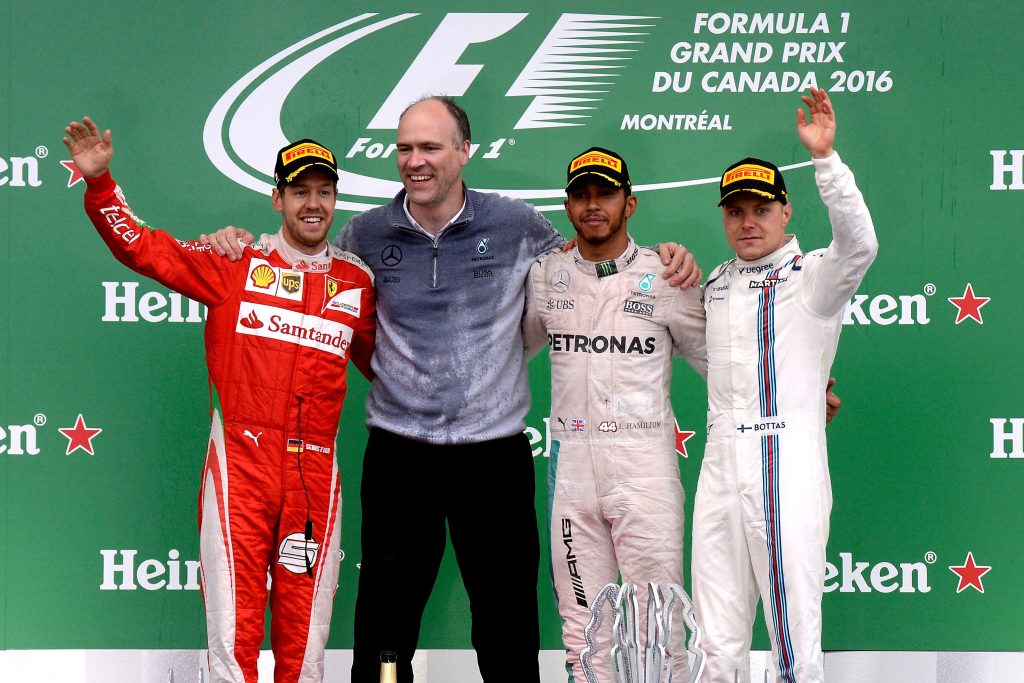 Hamilton vence GP do Canadá e encosta em Rosberg