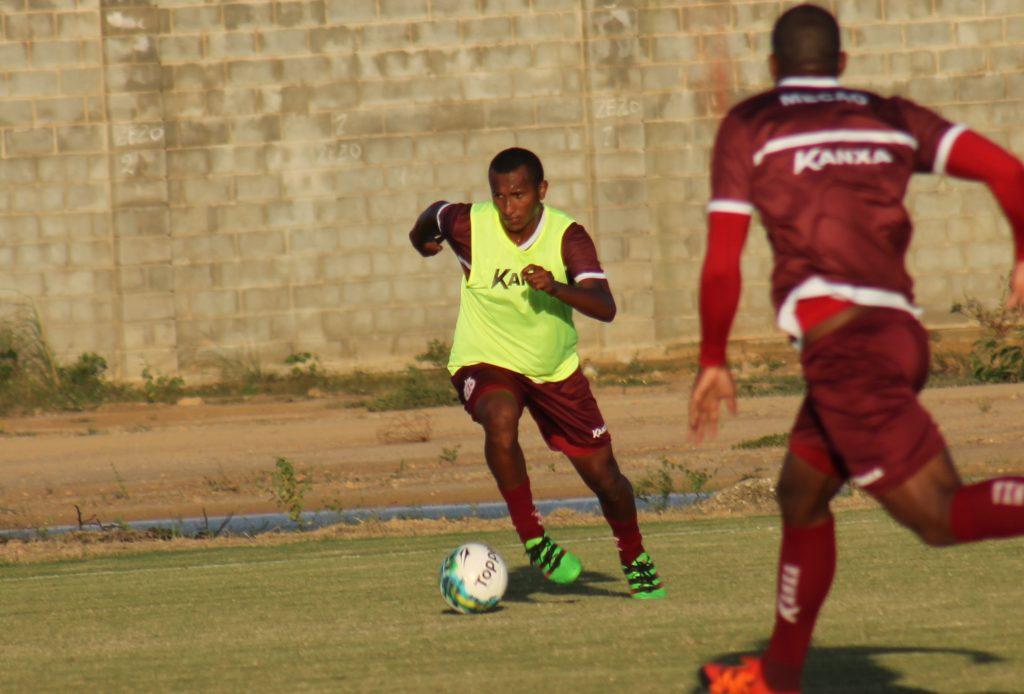 Novo reforço, Júnior Mandacaru fala sobre a expectativa de jogar no América