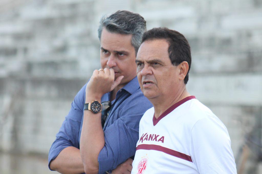 Francisco Diá não é mais o técnico do América/RN