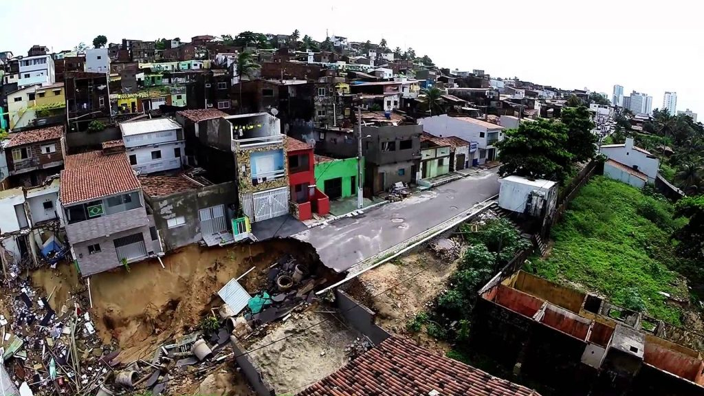 MP entra com Ação contra Prefeitura de Natal e Caern por desastre em Mãe Luíza