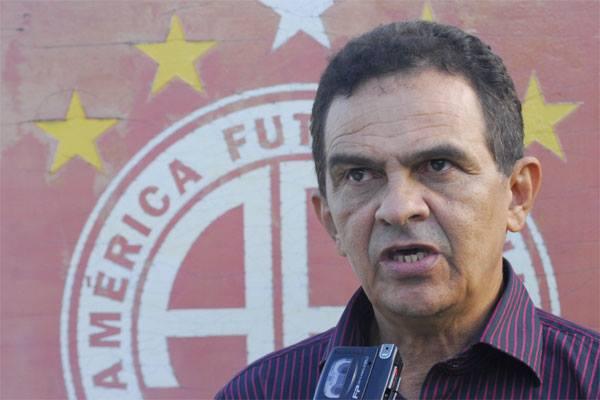 América-RN anuncia Francisco Diá como novo treinador