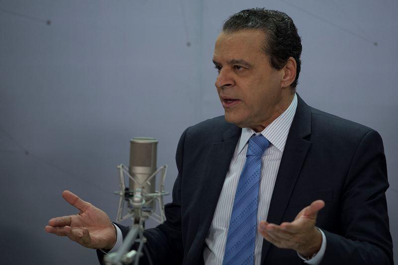 Após ser citado em delação, Henrique Alves pede demissão do Turismo