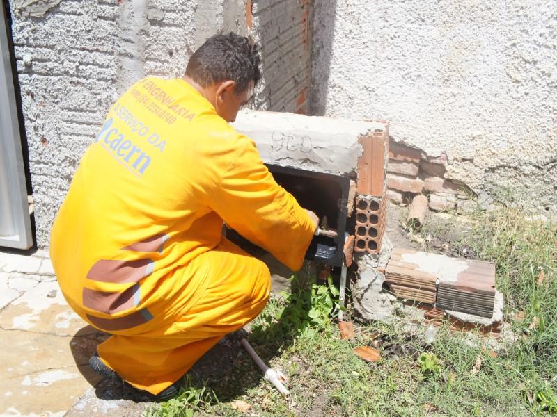 Caern instala mais de 3 mil hidrômetros em Mossoró