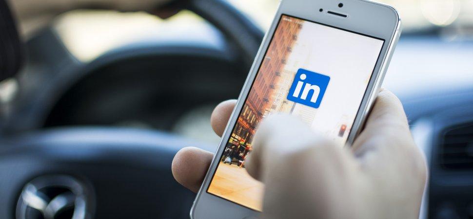Rússia bloqueia rede social Linkedin no país