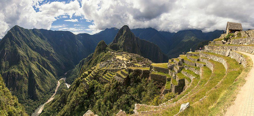 Turista morre ao tentar fazer selfie em Machu Picchu