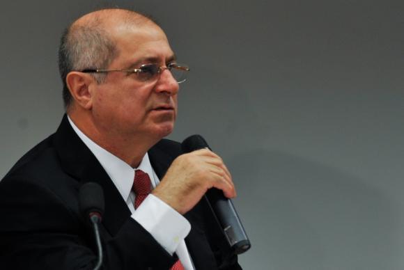 Operação da PF prende o ex-ministro Paulo Bernardo